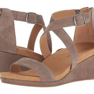 Lucky Brand Suede Wedge | Sz 10